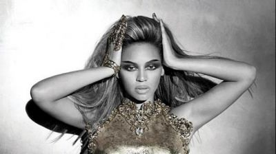 Beyonce denies reports on buying shoes for £200,000