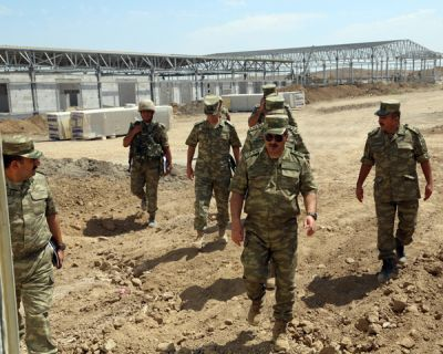 Azerbaijani Defense Minister reviewed facilities constructed in military units