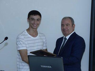 "Ali Abbasov met  winners of Azerbaijani team at ""Microsoft Imagine Cup 2015"