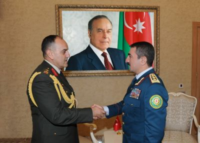 Chief of Azerbaijan's State Border Service meets  outgoing Military Attaché of Turkey