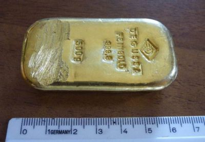 A 16 year-old girl found a bar of gold
