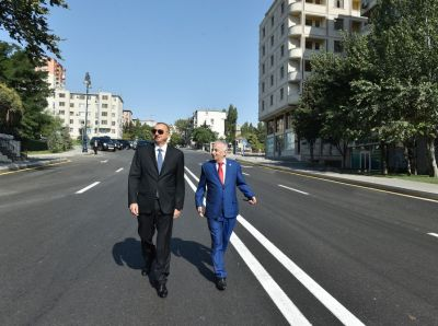President ILham Aliyev reviews post-reconstruction conditions in Baku's Nizami district
