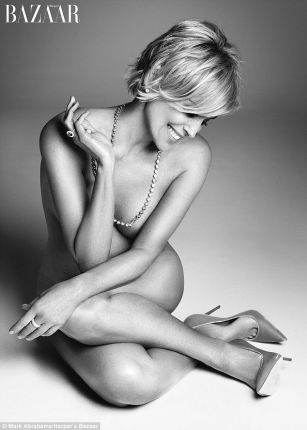Sharon Stone poses nude