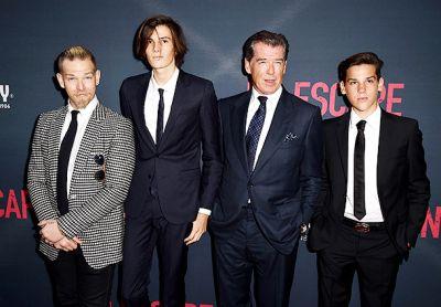 Сыновья поддержали Пирса Броснана на премьере в Лос-Анджелесе ФОТО