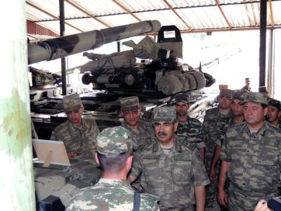 Azerbaijani Defense Minister checks the combat readiness of military units