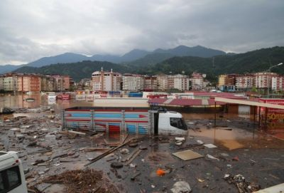 Flood kills 8 in Turkey