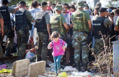 UN: Each day 3,000 migrants crossing the Greek-Macedonia border