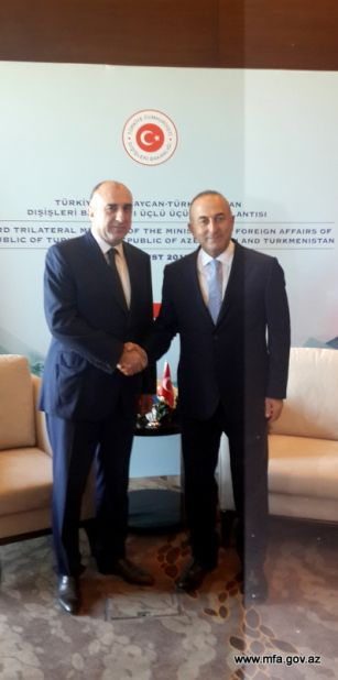 Azerbaijani FM meets his Turkish counterpart