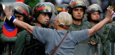 Uqo Çavesin şəhərində aclıq - Ölən var
