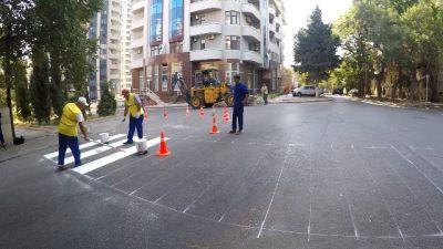 Piyada zolaqları rənglənir - FOTOLAR - VİDEO