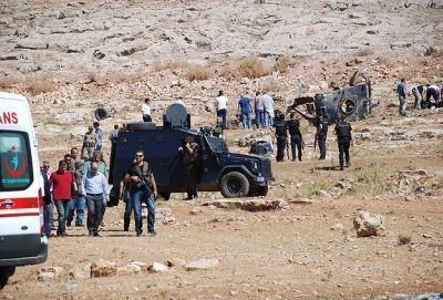 Turkey: 4 policemen martyred