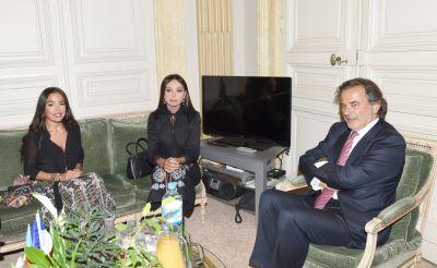 Первая леди Азербайджана встретилась с мэром 1-го округа Парижа