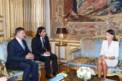 Azerbaijan's First Lady meets Jean Pierre Jouyet