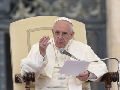 Pope Francis to reform marriage annulments