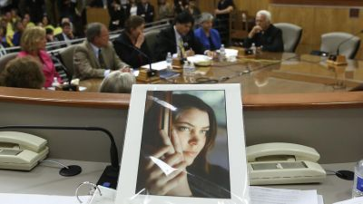 California lawmakers approve right-to-die bill