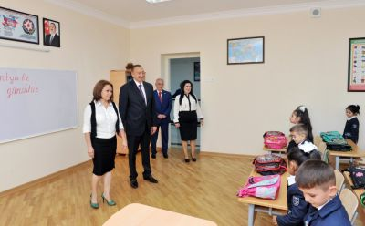 Azerbaijani President reviewed school No. 148