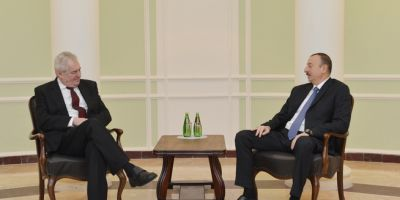 Azerbaijani  and Czech President held one-on-one meeting