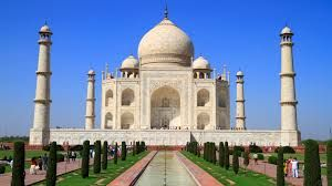 Japan tourist at Taj Mahal dies after selfie