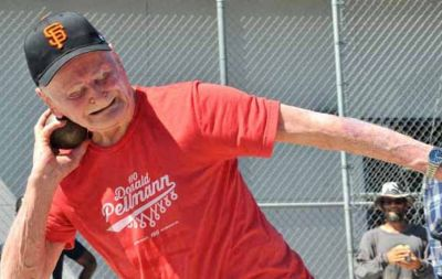 100-year-old man sets five world records