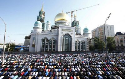 One of Europe's biggest mosques opened in Moscow