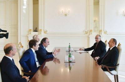 President Ilham Aliyev received a delegation led by the CEO of Italian Snam Company