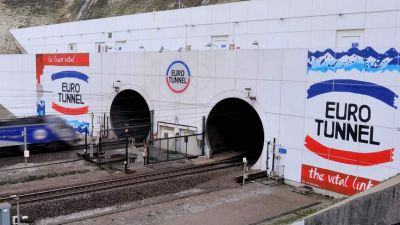 A migrant found dead near the tracks of the Channel Tunnel