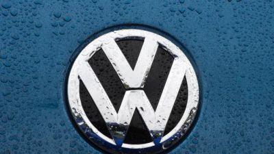 France joins global probe into Volkswagen emissions scam