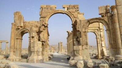 IS destroyed Palmyra arch