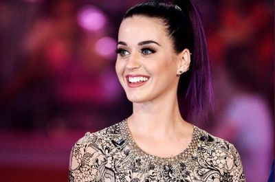 Katy Perry meets with Raul Castro's daughter