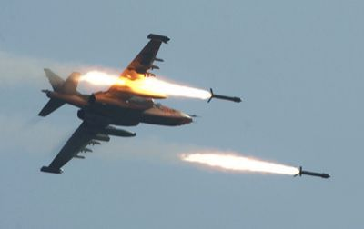 Air strikes kill 40 IS militants in Syria