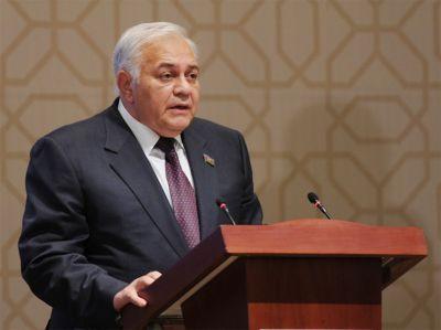 """Октай Асадов: """"На Баку оказывают давление из-за отказа поддержать санкции"""""""