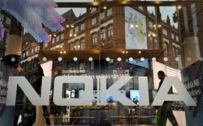 Nokia signs deals worth 910-mln euros with China Mobile