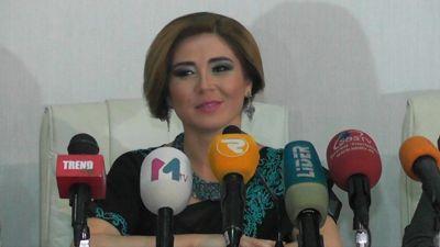 """Elnarə """"Eşq ilə boyan""""an klipini təqdim etdi"""