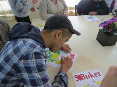 SBuket held children's art event