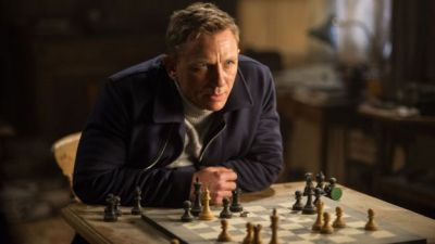 Bond's Spectre breaks box office records