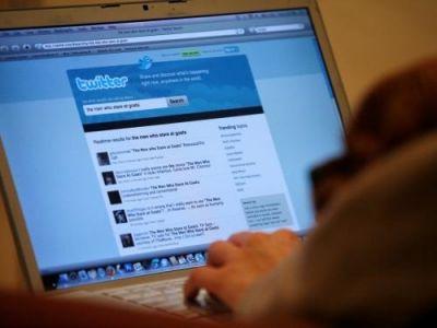 Twitter отказался от звезд в пользу сердец