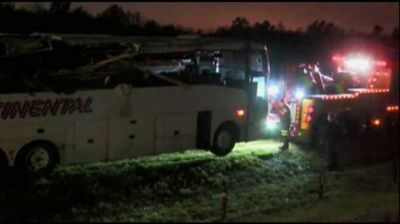 Six people killed after charter bus crashes in Arkansas