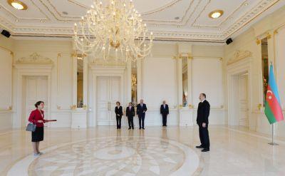 Ильхам Алиев принял верительные грамоты новоназначенного посла Франции ФОТО