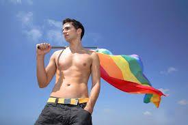 Ученые объяснили манеру речи геев