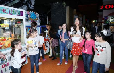 Heydar Aliyev Foundation arranges festivities for children  - PHOTO