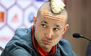 Футболиста сборной Бельгии приняли за террориста