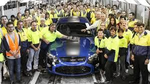 Ford workers ratify new union contract