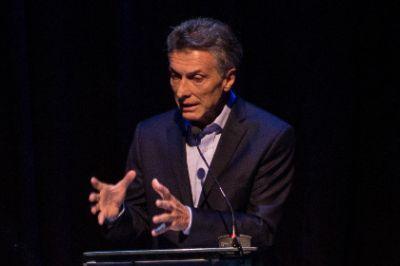 На выборах президента в Аргентине побеждает кандидат от оппозиции