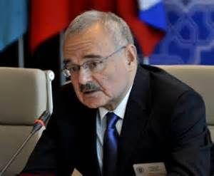 Azerbaijani PM receives Mevlut Chavushoglu