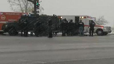 Стрельба в Колорадо-Спрингс погибли три человека, в том числе полицейский