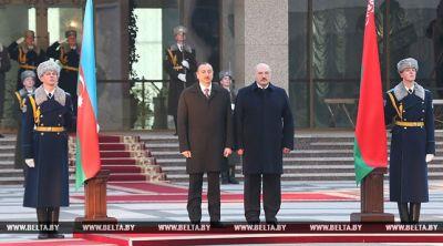 Состоялась официальная церемония приветствия президента Азербайджана