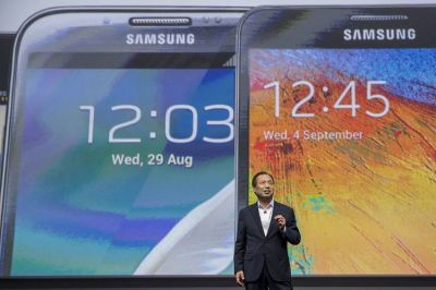Samsung electronics replaces mobile chief