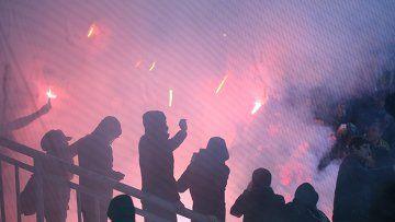 Драка фанатов отменила футбольный матч