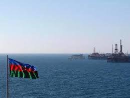 Азербайджанская нефть упала в цене