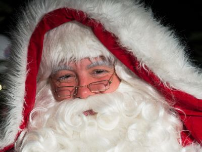 A newspaper apologises for publishing Father Christmas 'obituary'